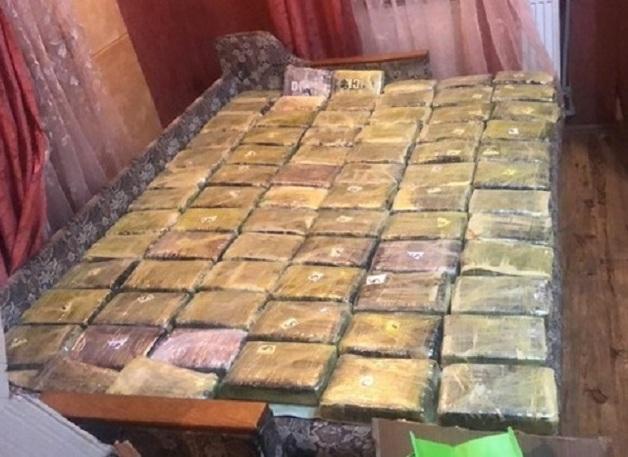 Граждан Украины и РФ будут судить за намерения сбыть более 150 кг кокаина
