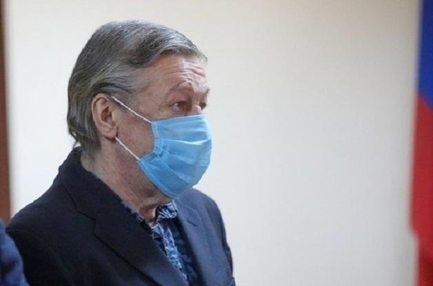 Гражданская жена Захарова обвинила адвокатов по делу Ефремова: предъявили «липу»