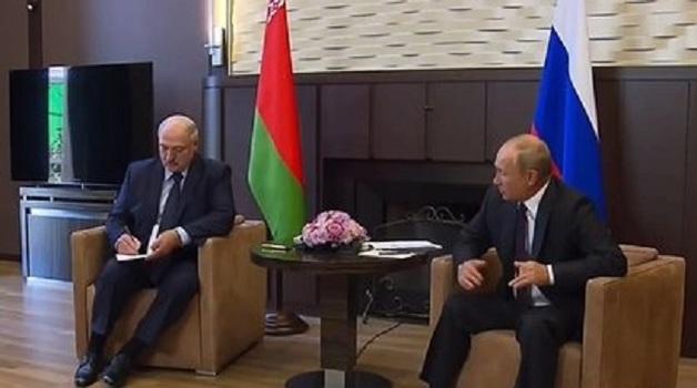 Путин и Лукашенко договорились снять резерв из силовиков для Белоруссии