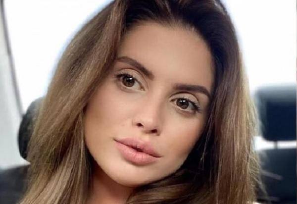 Путана Екатерина Меншикова «вставила» мамку на 6 «тонн»