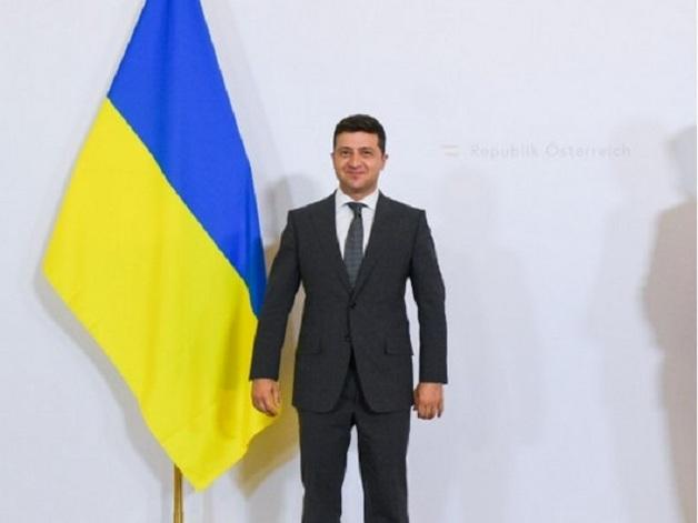 Более половины украинцев не довольны работой Зеленского