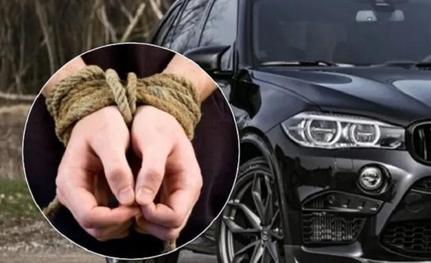 В центре Киева на BMW похитили парня и устроили пытки, в деле появился прорыв