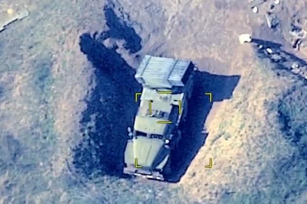 Месть за Гянджу: Азербайджан уничтожил военные объекты в Нагорном Карабахе