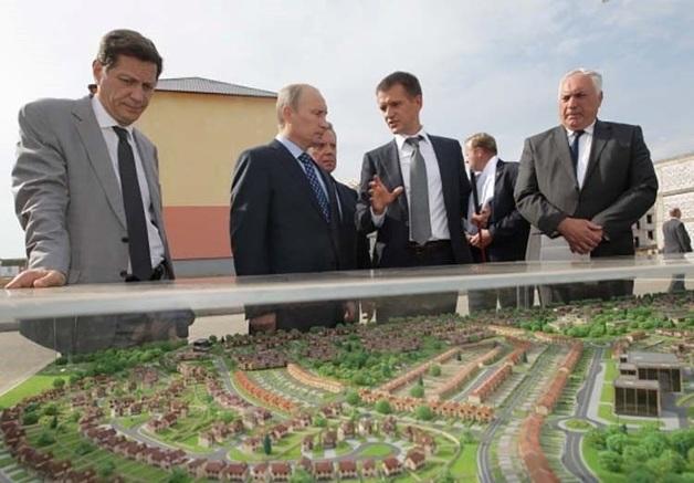 MR Group идёт на Кремль
