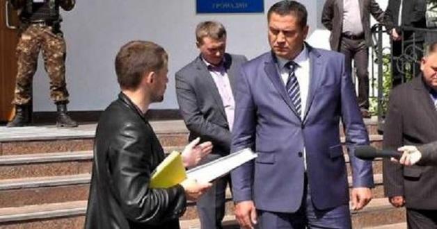 Адвокату фискала-вымогателя, обложившего мздою ювелиров-контрабандистов, назначили залог