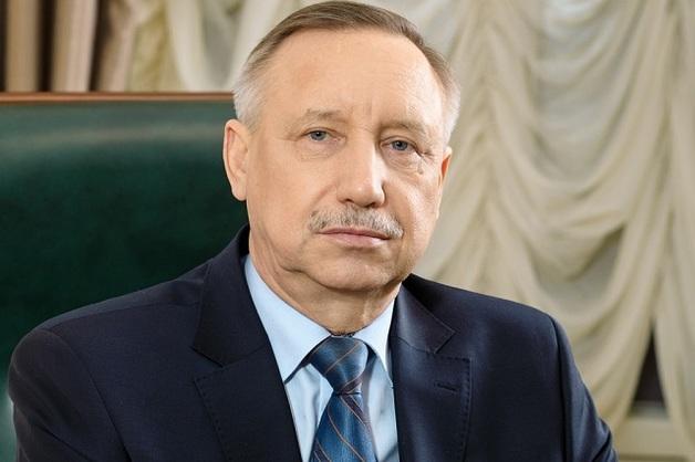 Губернатор Петербурга ушел на удаленку из-за угрозы COVID-19