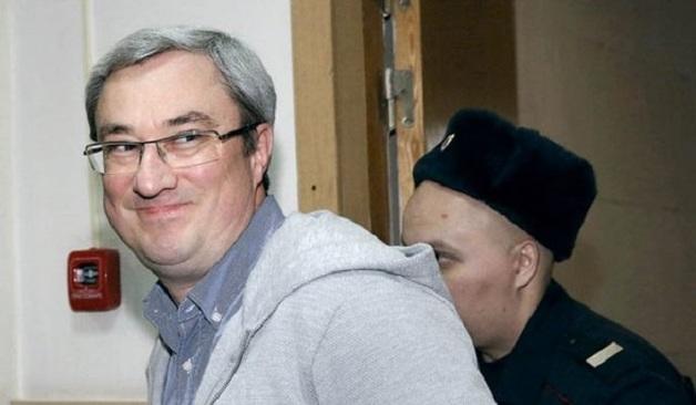 Осужденный за коррупцию экс-глава Коми Гайзер снова предстанет перед судом