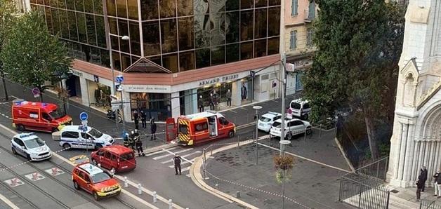 В Ницце мужчина напал с ножом на прохожих: есть погибшие и раненые