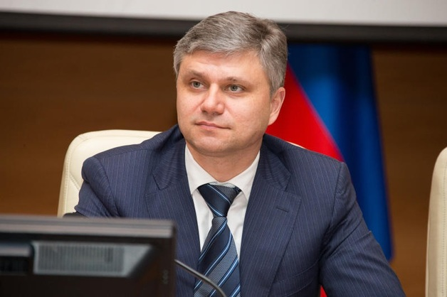 Олег Белозерова готовит для Абрамовича контейнер