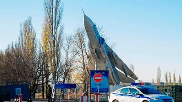 Суд арестовал устроившего бойню на аэродроме в Воронеже солдата