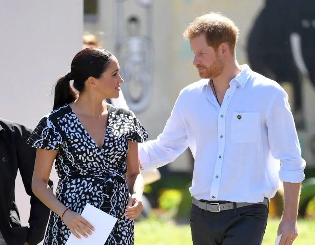«Это невыносимое горе, о котором мало кто говорит»: Принц Гарри и Меган Маркл потеряли второго ребенка