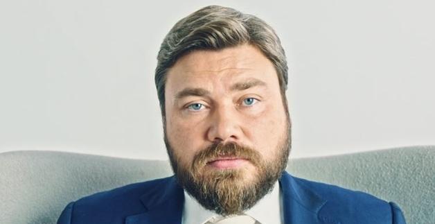 """Сурков """"лепит"""" нового русского """"царя""""?"""