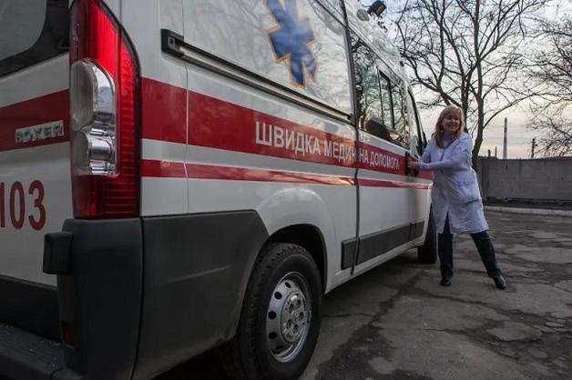 В Черновицкой области мужчина пришел в больницу и умер. Врачами заинтересовалась полиция