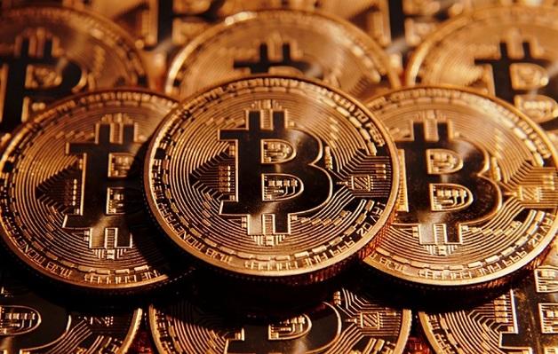 Курс биткоина бьёт исторические рекорды: превысил $28 тысяч
