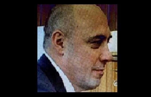 Одиозный стукач и беглый преступник Анатолий Яблонский зачищает свою биографию в интернете