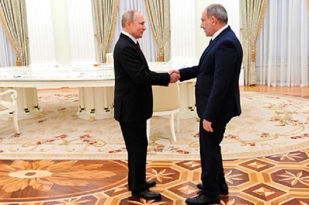 Путин договорился развивать Карабах