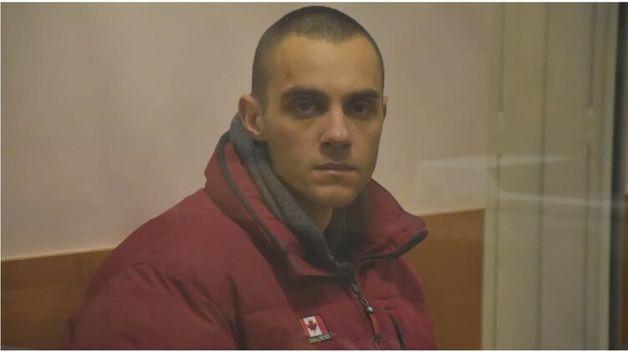 Суд отправил в СИЗО на два месяца одессита, который бродил по улице с отрубленной головой