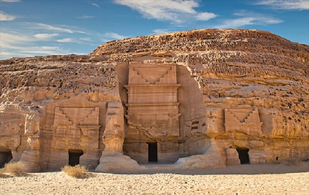 В Саудовской Аравии впервые для туристов открыли древний город, которому более 2000 лет