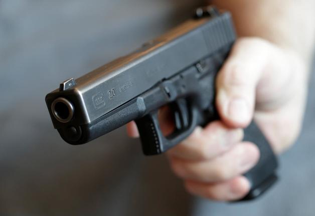 Под Житомиром мужчина стрелял в тещу