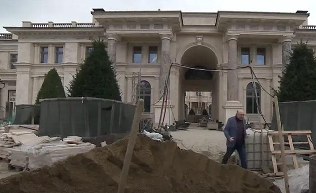 Недостроенная гостиница: В РФ дворец Путина начали показывать по государственному ТВ