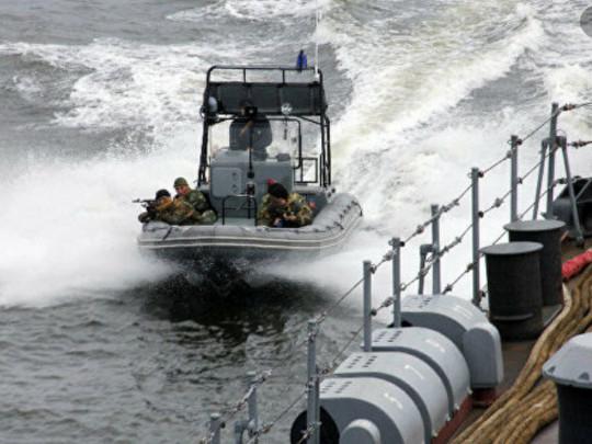 Ждем возвращения домой: шестерых украинских моряков освободили из плена пиратов в Нигерии