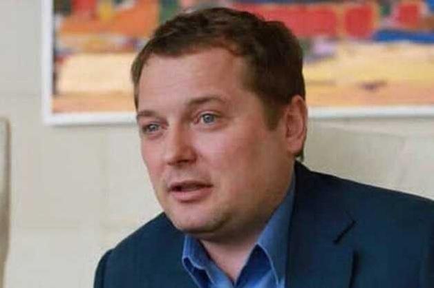 Любитель Путина Андрей Волков, поющий оды «воссоединению Крыма», убивает бизнес Украины с помощью российских денег