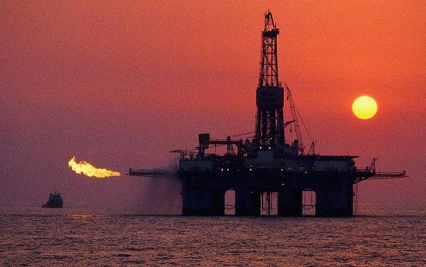 Shell и BP опровергли уход из бизнеса в Северном море