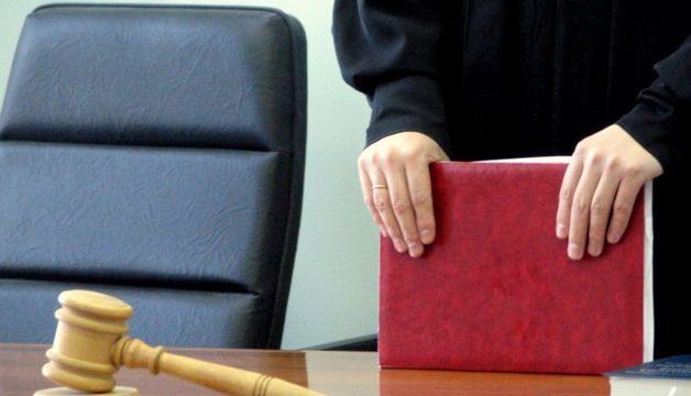 30-летний дагестанский чиновник полтора года получал пенсию по старости