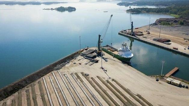 """Оператор """"Северного потока-2"""" запросил у Германии немедленного разрешение на строительство в ее водах"""