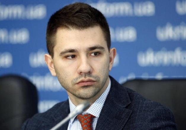 Обвиняемый в многомиллионной коррупции Павел Барбул на заседании суда назвал Медведчука героем Украины и пригрозил российскими войсками в Киеве