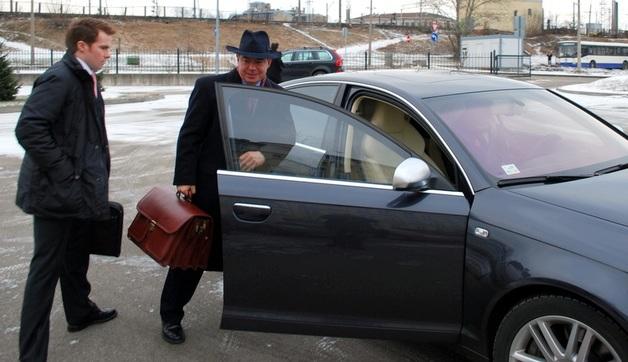 Лембергс в тюрьме. Суд конфисковал у олигарха активы на сотни миллионов евро