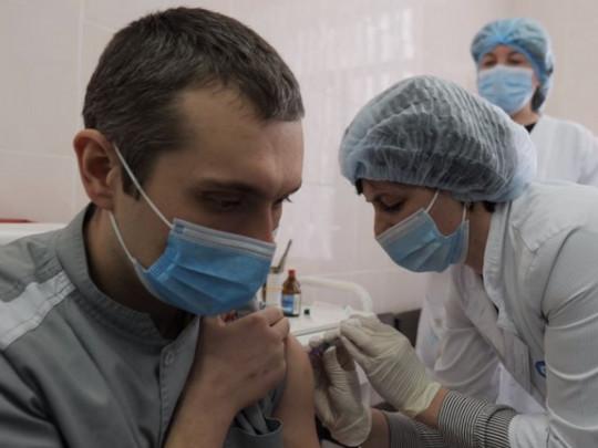 В Украине сделали 159 прививок от ковида первой дозой вакцины