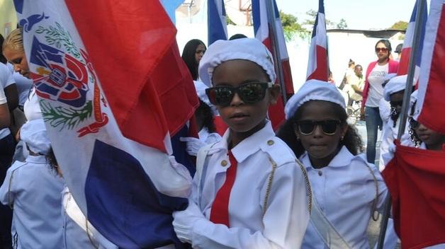 Доминиканская Республика построит стену на границе, чтобы остановить наркотики и мигрантов из Гаити