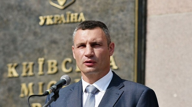 Зеленский и Кличко разводят мосты. Почему обострились отношения Офиса президента и мэра Киева