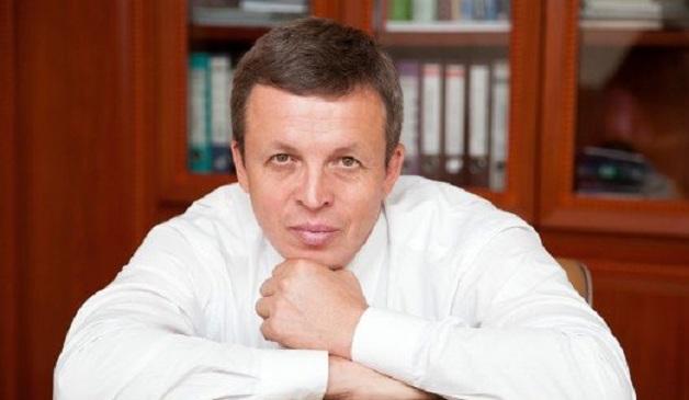 Люксовые автомобили и прогулка на яхте за счёт государства для Паши Сумарокова