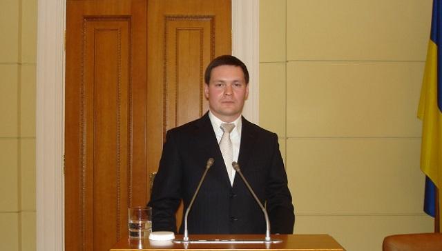 В Харькове нардеп из партии Зеленского за год в парламенте купил две квартиры и отложил 20 тысяч долларов