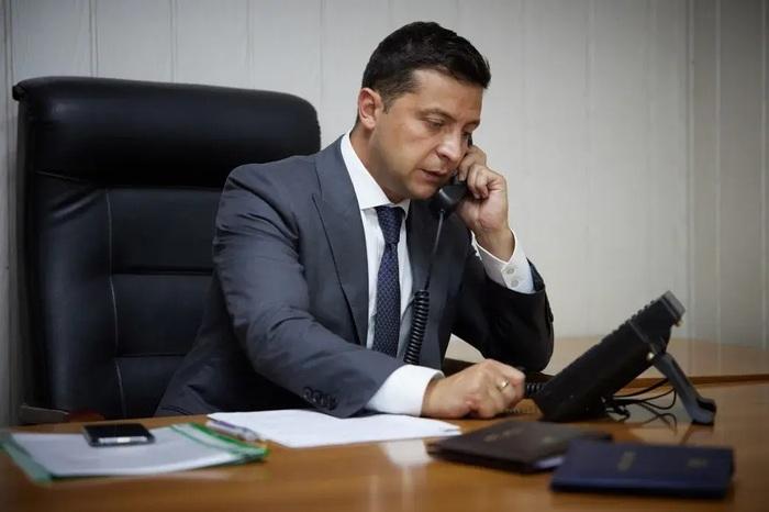 Байден провел телефонный разговор с Зеленским: о чем говорили