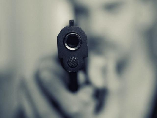 В Киеве посетитель ТРЦ расстрелял охранника за замечание по поводу защитной маски