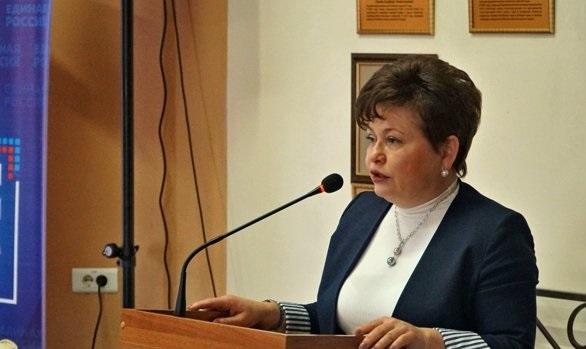 Представитель губернатора в алтайском ЗакСе задержана за соучастие в хищении 14 млн руб. из бюджетной поддержки детсада