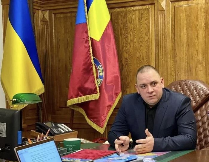 Супруга главы харьквского управления СБУ получила в подарок 1,4 млн гривен