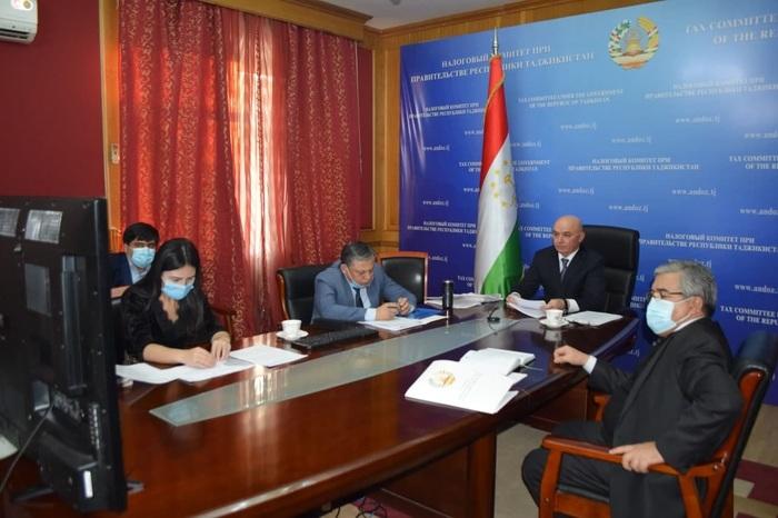 Все таджикские чиновники, подавшие декларации, воспользовались правом скрыть свои доходы
