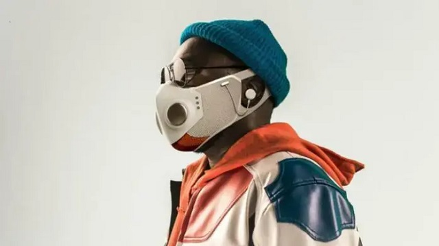 Рэпер Will.i.am и дизайнер из SpaceX представили «умную» защитную маску