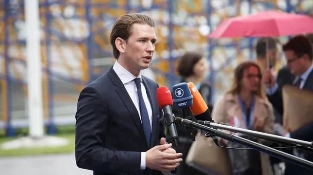 """Канцлер Австрии Курц готов ради спасения жизней зарегистрировать вакцину """"Спутник V"""" в обход Евросоюза"""