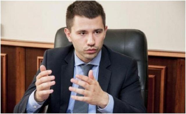 Казнокрад Барбул Павел Алексеевич обворовавший украинскую армию настрочил лжедонос для блокировки неугодных СМИ