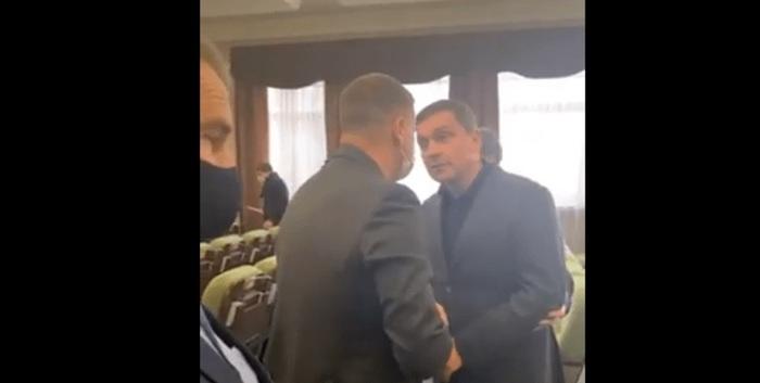 """""""Я тебя от***жу, ты понял меня?"""": в Киевском облсовете едва не подрались депутаты"""
