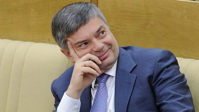 """Шишкарев сыграет с Кириенко в """"монополию""""?"""