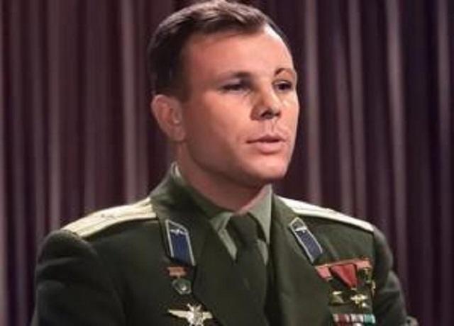 """Обращение Гагарина 1962 года """"оживили"""" с помощью нейросети"""