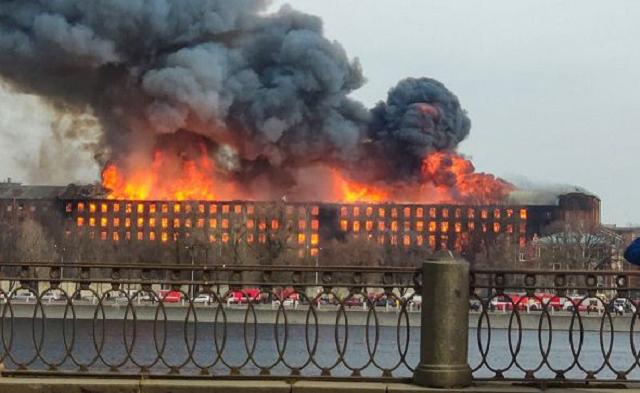 Названа предварительная причина пожара на «Невской мануфактуре»