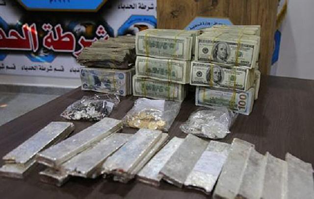 В Ираке нашли тайник террористов с золотом и серебром