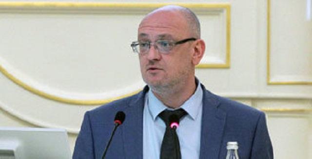 Резник рассказал, что «государевы люди» потребовали от него осудить митинг в поддержку Навального, пригрозив сроком